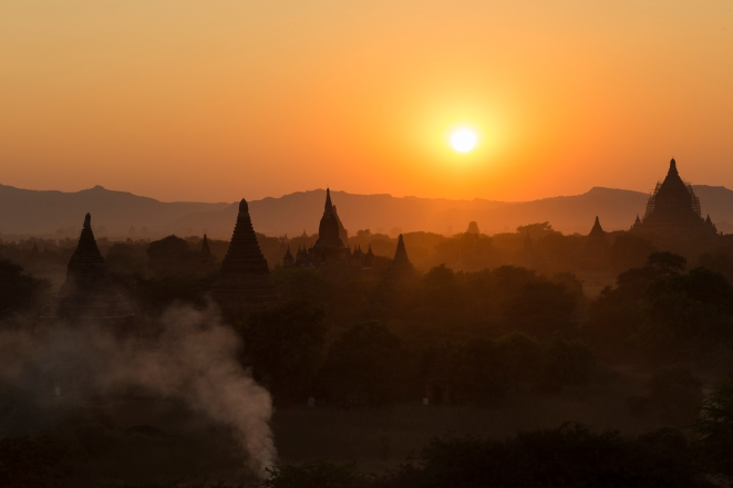 Coucher sur Bagan 5